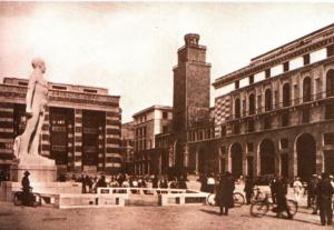 Piazza Vittoria anni '30